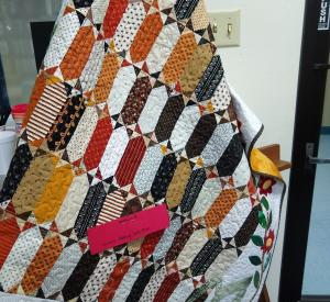 Raffle - Quilt made by Nancy Whitton